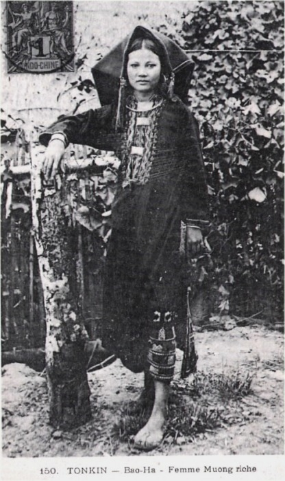 tonkin_Bao-Ha_femme_Muong_riche.jpg (110942 octets)